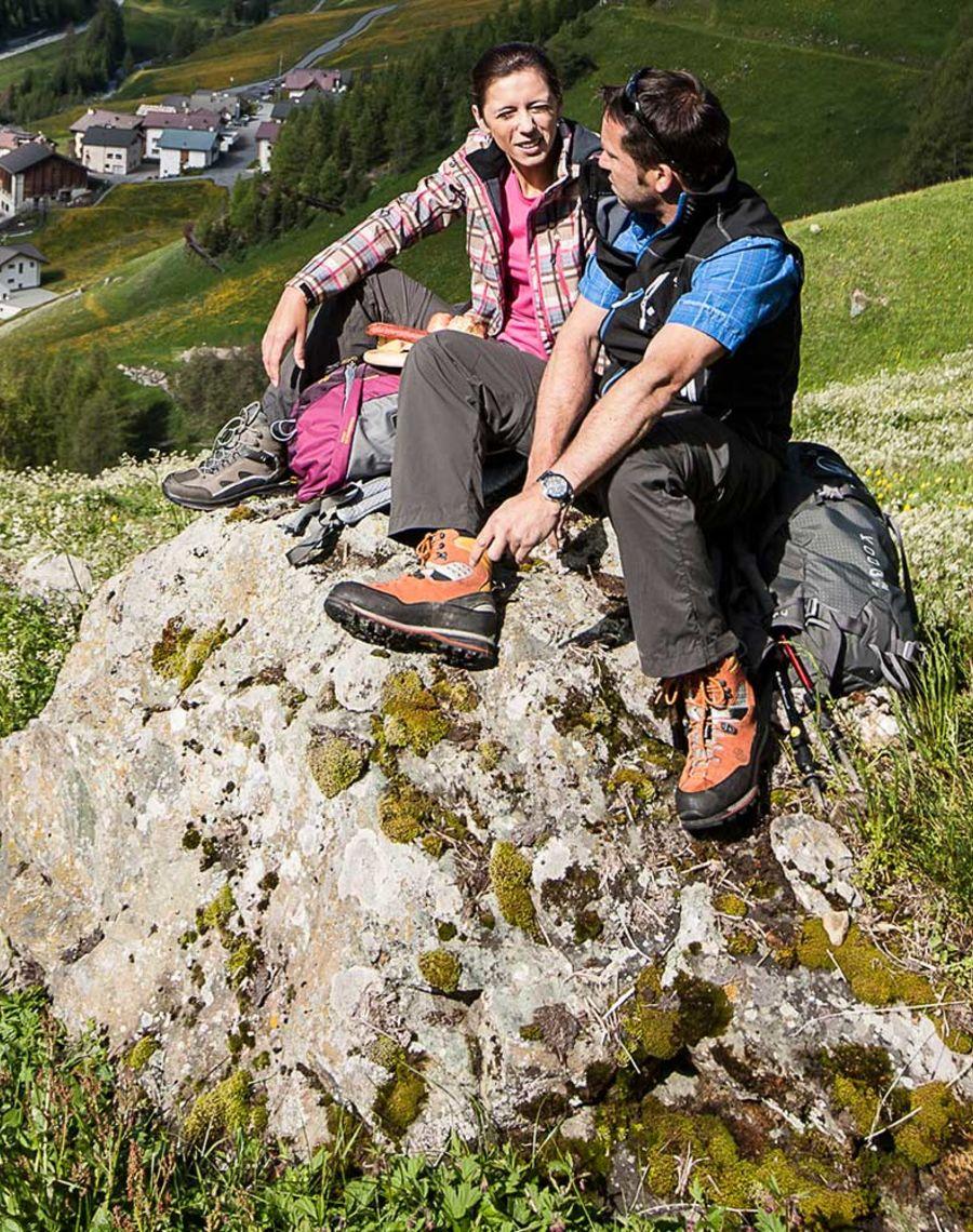 Hoch hinaus auf den höchsten Samnauner – den Muttler, von wo aus Sie das einzigartige 360° Panorama genießen können.