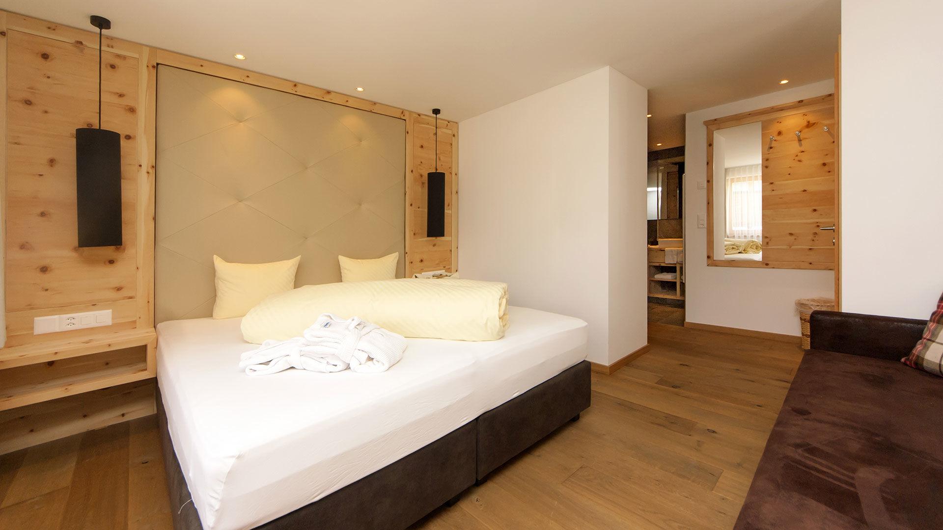 Junior Zimmer Hotel Des Alpes in Samnaun ©Des Alpes